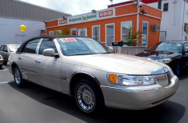 2001 Lincoln Town Car Visit Guaranteed Auto Sales online at wwwguaranteedcarsnet to see more pict