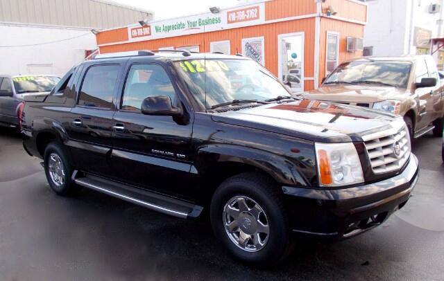 2004 Cadillac Escalade EXT Visit Guaranteed Auto Sales online at wwwguaranteedcarsnet to see more