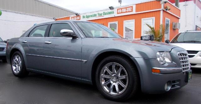 2006 Chrysler 300 Visit Guaranteed Auto Sales online at wwwguaranteedcarsnet to see more pictures
