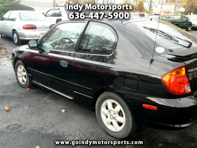 2004 Hyundai Accent GL 3-door