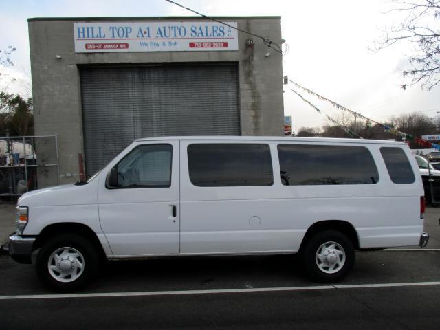 2008 Ford Econoline Vans E-350 Passenger Van XLT