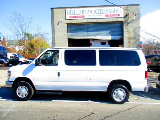 2011 Ford Econoline Vans E-350 Club Wagon  XLT 12 Passenger Van Loaded