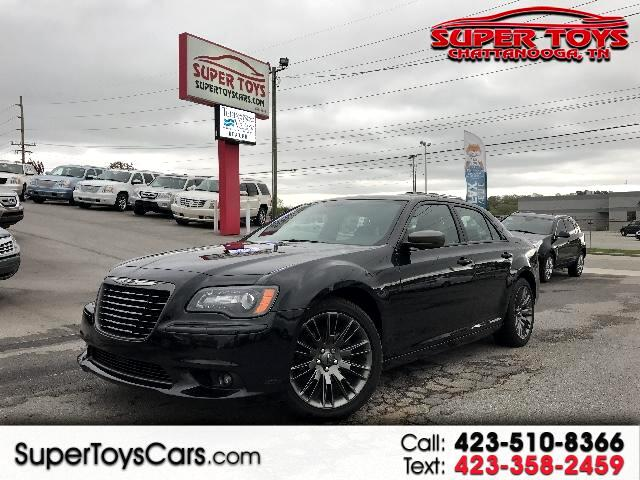 2014 Chrysler 300 C John Varvatos Luxury RWD