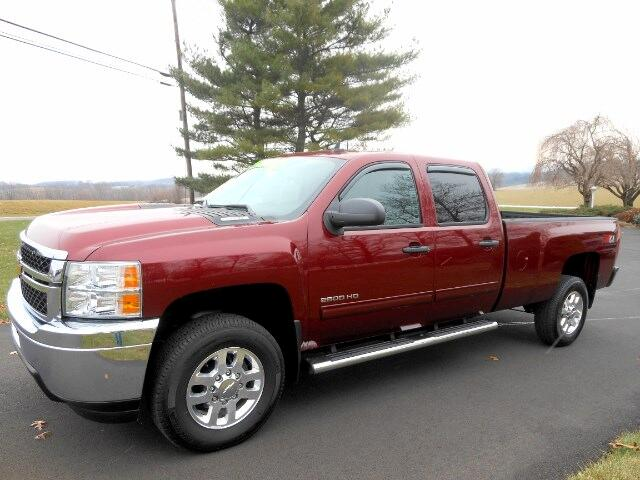 2014 Chevrolet Silverado 2500HD LT Crew Cab Long Bed 4WD