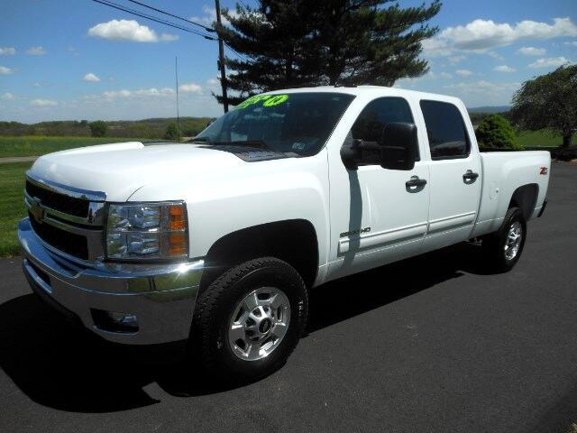2014 Chevrolet Silverado 2500HD LT Crew Cab Short Bed 4WD