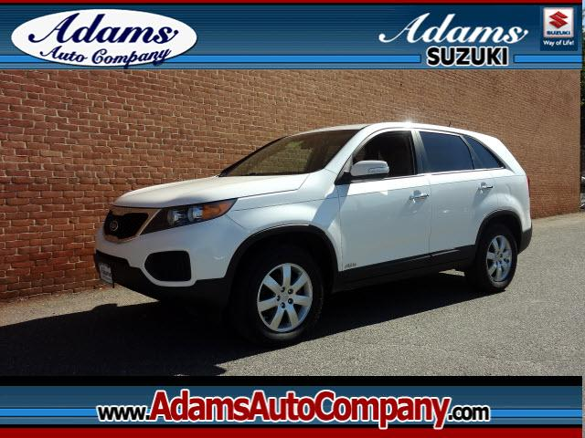 2011 Kia Sorento One of KIAs most popular SUVs to dateRoomyGreat in bad weatherFun in g
