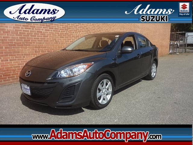 2010 Mazda MAZDA3 Hey Check this outNeed a great car for the whole family Why cause it gets
