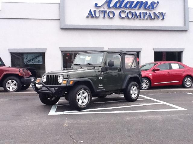 2006 Jeep Wrangler Want to have fun in a Jeep without having to use a Ladder Heres a low mileage 4