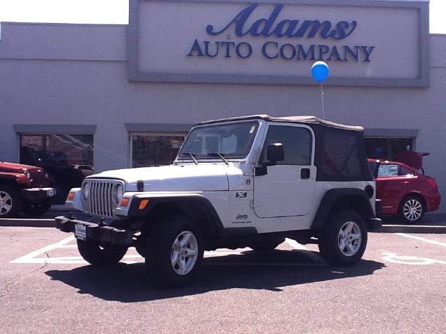 2005 Jeep Wrangler This one is hard to findA low mileage40AutomaticACThese just do