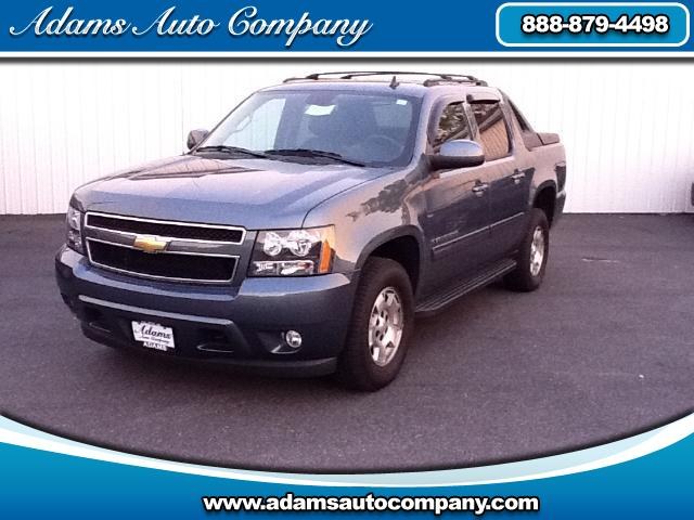 2011 Chevrolet Avalanche ATTENTION If youve never checked out an AVALANCHEThen youre mis
