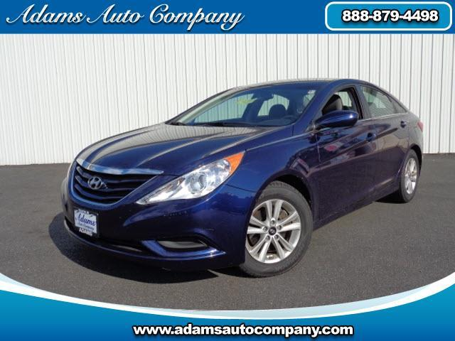 2013 Hyundai Sonata  2013 GLS PACKAGE WITH ONLY 35K POWER EQUIPPED AUTO TRANS AND A GREAT GAS SIP