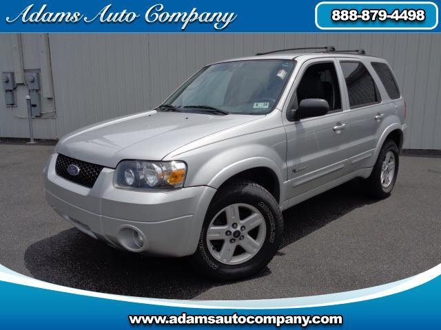 2005 Ford Escape SUPER CLEAN HYBRID LEATHER AND LOADED This vehicle is another example of the Adam