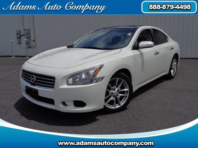 2011 Nissan Maxima EVERY OPTION NAV HEATED AND COOLED LEATHER BACK UP CAM BLUETOOTH SATRADIO WI