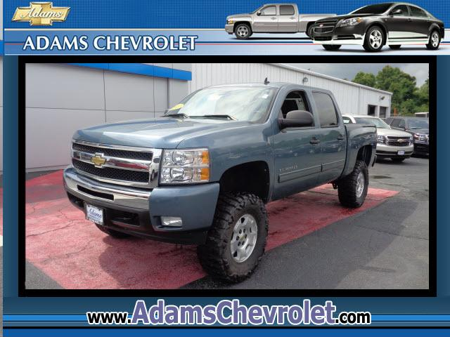 2010 Chevrolet Silverado 1500 This vehicle is another example of the Adams Auto Company commitment t