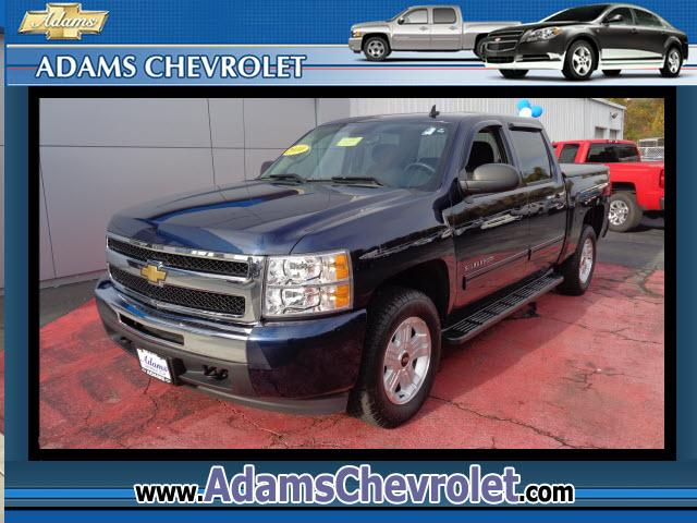 2010 Chevrolet Silverado 1500 GM Certified 4WD Dont bother looking at any other truck Hold on to y