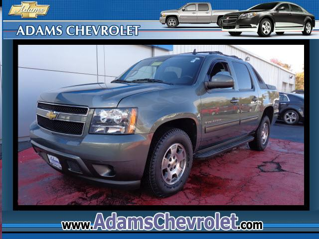 2011 Chevrolet Avalanche 6-Speed Automatic GM Certified A four-seasons vehicle How inviting is it