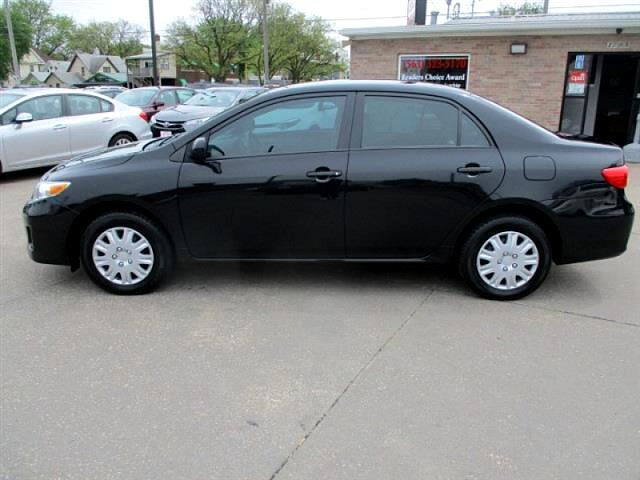 2012 Toyota Corolla L 5-Speed MT
