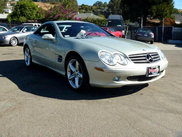 2003 Mercedes SL-Class Extended service Plan And Finance Available Please bring this ad with you to