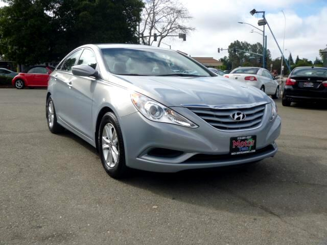 2011 Hyundai Sonata Note-Extended service Plan And Finance Available Please bring this ad with you