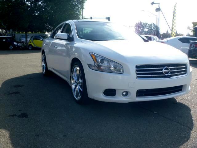 2011 Nissan Maxima Extended service Plan And Finance Available Please bring this ad with you to get