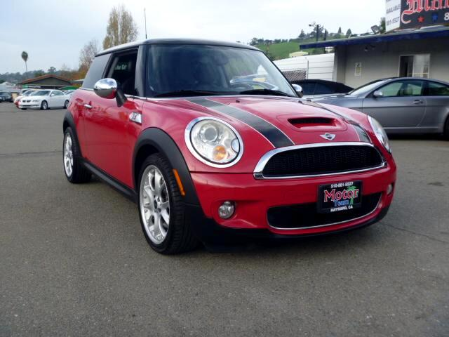 2007 MINI Cooper Extended service Plan And Finance Available Please bring this ad with you to get t
