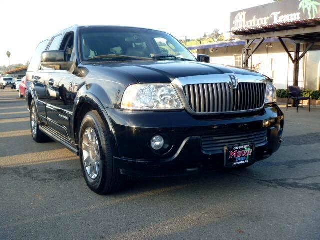 2004 Lincoln Navigator Extended service Plan And Finance Available Please bring this ad with you to