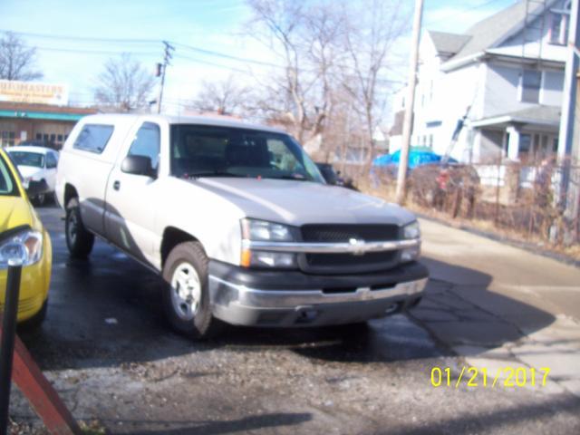 """2004 Chevrolet Silverado 1500 2WD Reg Cab 133.0"""" LS"""