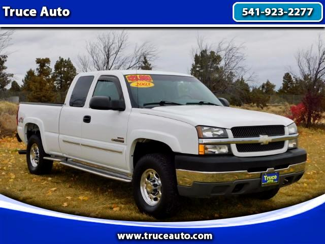 2003 Chevrolet Silverado 2500HD Ext. Cab Short Bed 4WD LOW MILE DIESEL