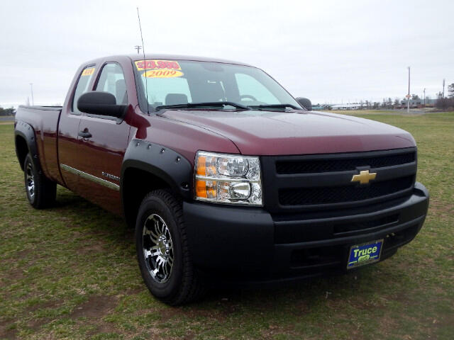 2009 Chevrolet Silverado 1500 Work Truck Ext. Cab Long Box 4WD SUPER LOW MILES