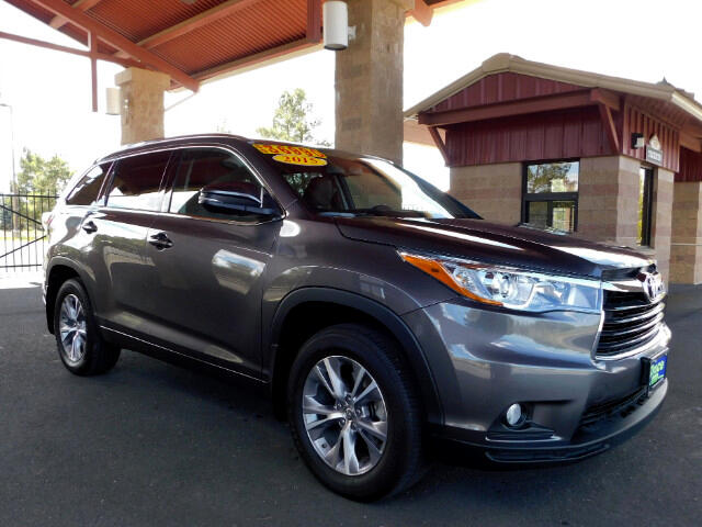 2015 Toyota Highlander XLE AWD V6 ONE OWNER LOW MILES
