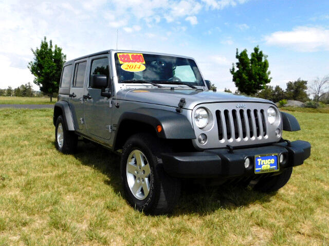 2014 Jeep Wrangler Unlimited Sport 4WD LOW MILES