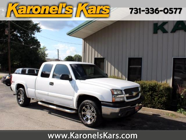 2005 Chevrolet Silverado 1500 Ext. Cab 4-Door Short Bed 4WD