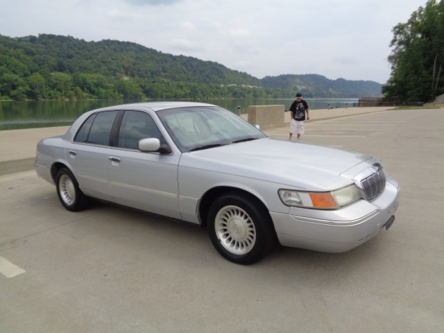 Used 2001 mercury grand marquis for sale in ashland ky for Big blue motor sales ashland