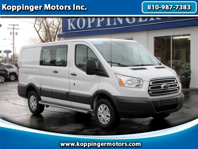 """2015 Ford Transit T-250 130"""" Low Rf 9000 GVWR Swing-Out RH Dr"""