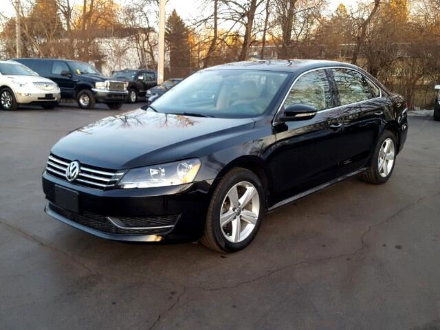 2012 Volkswagen Passat 2.5L SE AT