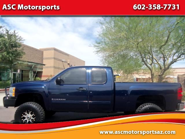 2009 Chevrolet Silverado 1500 LT1 Ext. Cab Short Bed 4WD