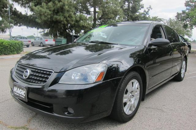 2006 Nissan Altima Join our Family of satisfied customers We are open 7 days a week trade in welcom