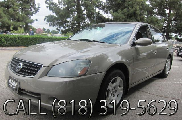 2005 Nissan Altima Join our Family of satisfied customers We are open 7 days a week trade in welcom