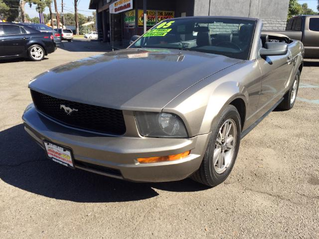 2005 Ford Mustang Join our Family of satisfied customers We are open 7 days a week trade in welcome