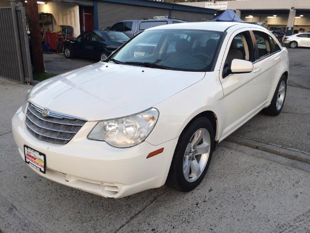 2007 Chrysler Sebring Join our Family of satisfied customers We are open 7 days a week trade in wel