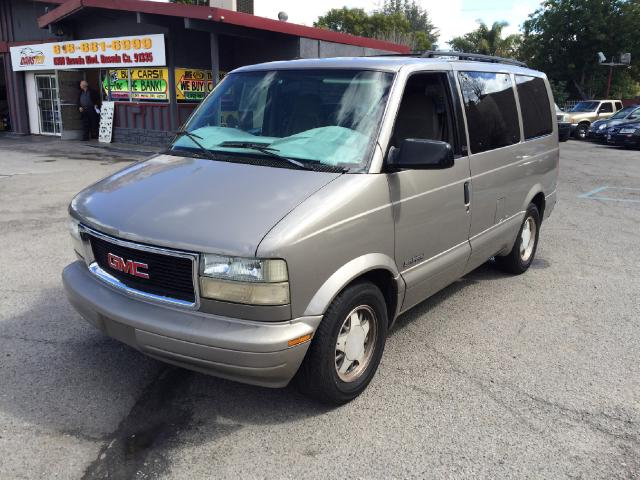 2001 GMC Safari Join our Family of satisfied customers We are open 7 days a week trade in welcome