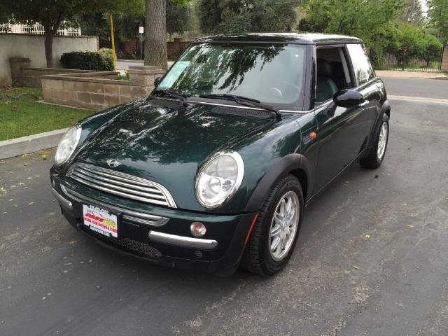 2004 MINI Cooper Join our Family of satisfied customers We are open 7 days a week trade in welcome