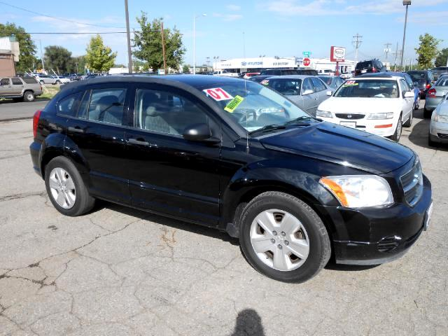 2007 Dodge Caliber EXTREMELY NICE ONE OWNER LOCAL NEW CAR TRADE IN THAT LOOKS AND DRIVES EXCELLENT