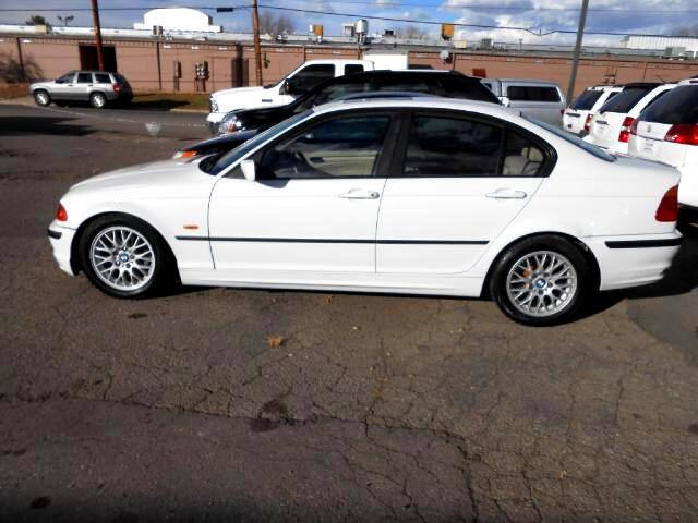 1999 BMW 3-Series GREAT RUNNING LOCAL TRADE IN THAT LOOKS AND RIDES EXCELLENTLEATHERLOADED WITH