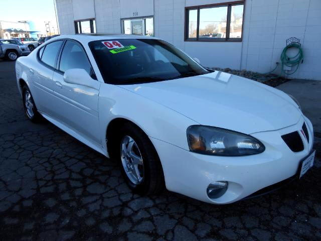 2004 Pontiac Grand Prix ABSOLUTE CREAM PUFF ONE OWNER LOCAL NEW NEW CAR TRADE IN THAT LOOKS AND DRIV