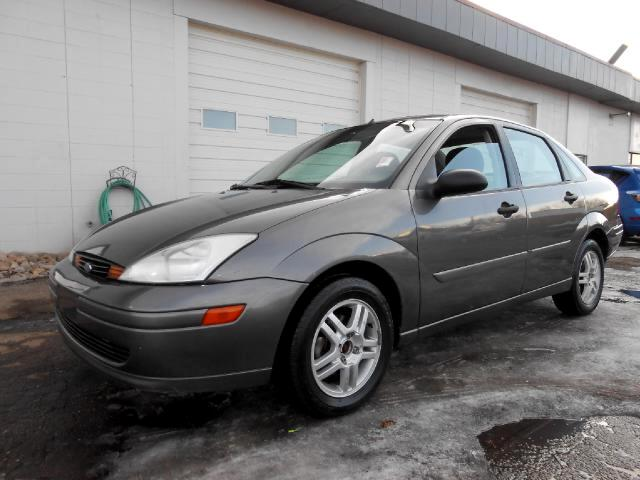 2002 Ford Focus GREAT RUNNING LOCAL NEW CAR TRADE IN THAT LOOKS AND DRIVES GREATNON SMOKERVE