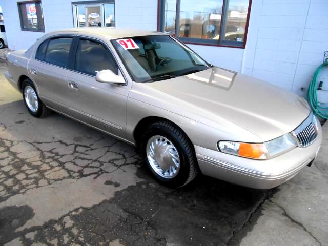 1997 Lincoln Continental VERY NICE ONE OWNER LOCAL NEW CAR TRADE IN THAT LOOKS AND DRIVES EXCELLENT