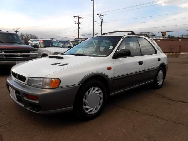 1998 Subaru Impreza Wagon GREAT RUNNING LOCAL NEW CAR TRADE IN THAT LOOKS AND DRIVES EXCELLENTNO
