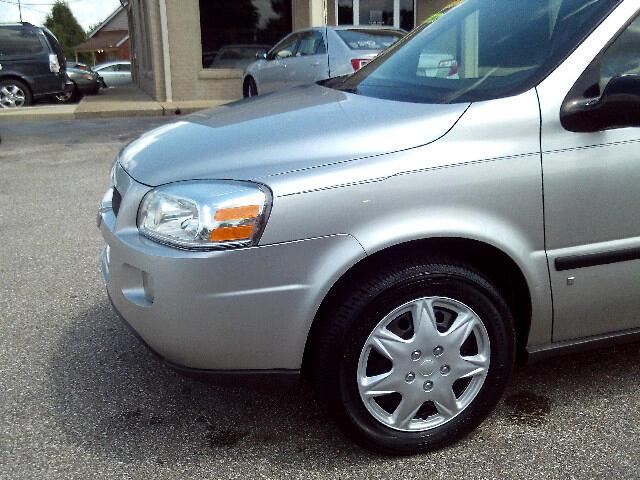 2008 Chevrolet Uplander LS 1LS