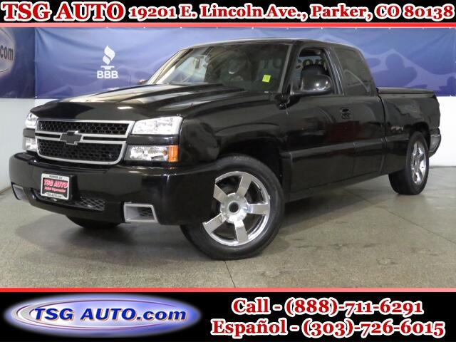 2005 Chevrolet Silverado 1500 SS Extended Cab 6.0L V8 AWD W/Leather SunRoof
